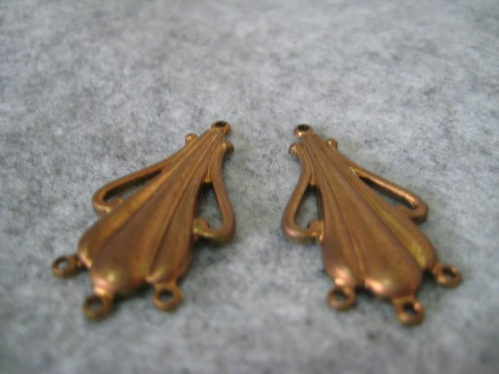 Filigree, 33mmx16mm, 1 pair