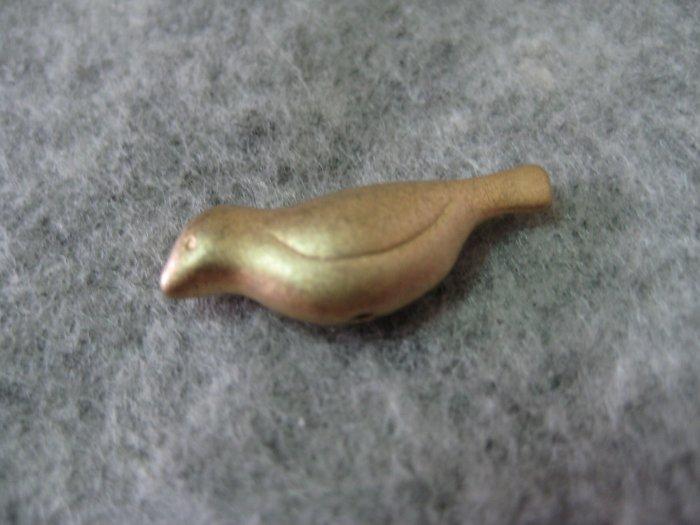 Bird Charm, Matt Gold, 22mm x 8mm