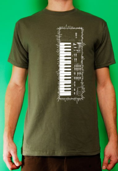 Casio sk-1 sampling synth keyboard analog retro vintage Mens Military t-shirt