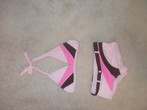 pink 2 peice swim suit girls