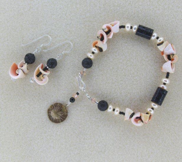 """Black Sands of Punalu"" bracelet and earrings set"