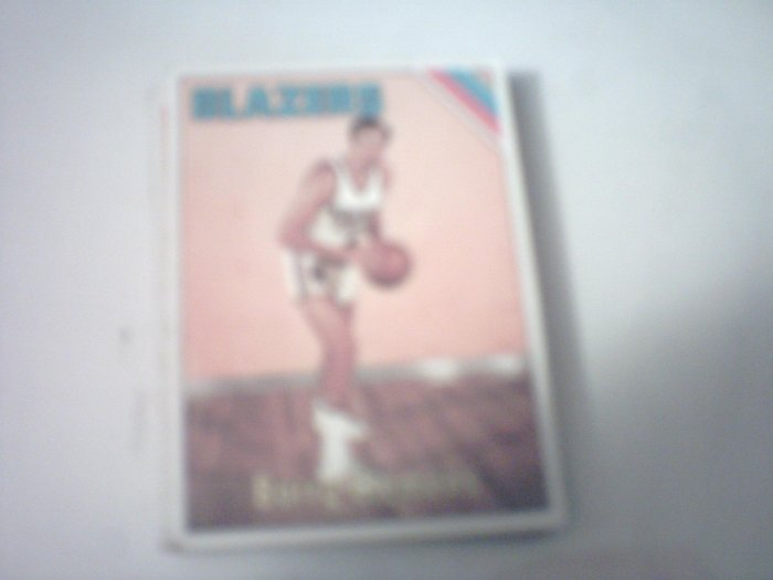 19 Barry Clemens Basketball Cards.
