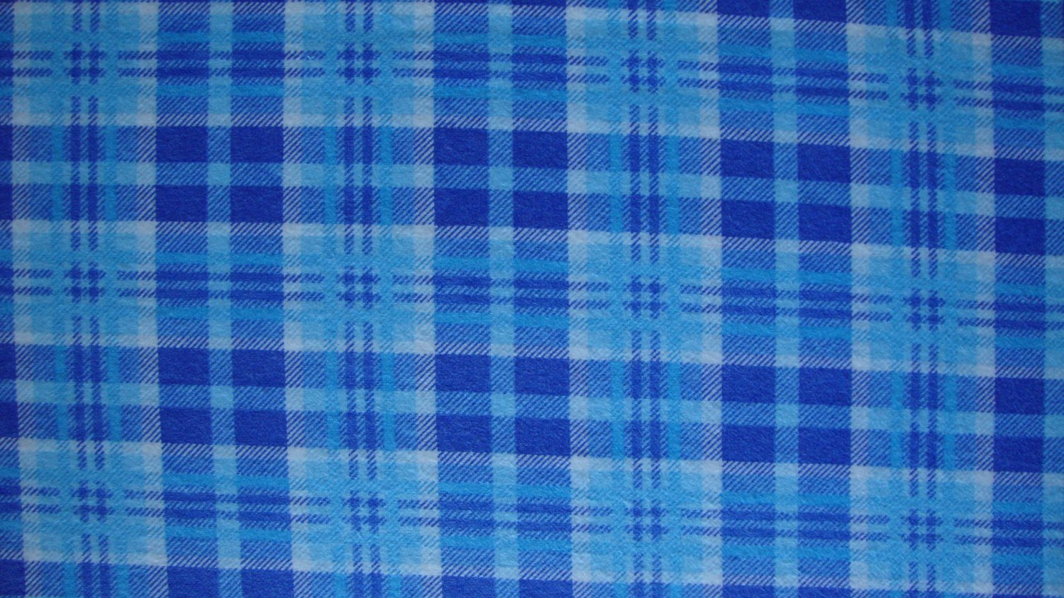 3/4 Yard Blue & White Plaid Cotton Flannel Fabric Bolt End by Marcus Brothers