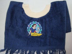 DISNEY PRINCESS Snow White with Dove Cameo BABY TERRY CLOTH BABY BIB