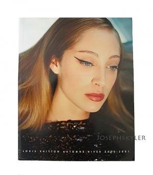 LOUIS VUITTON 2000-2001 Fall & Winter Collection Catalogue