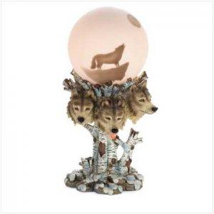 37127 Wolf Globe Lamp