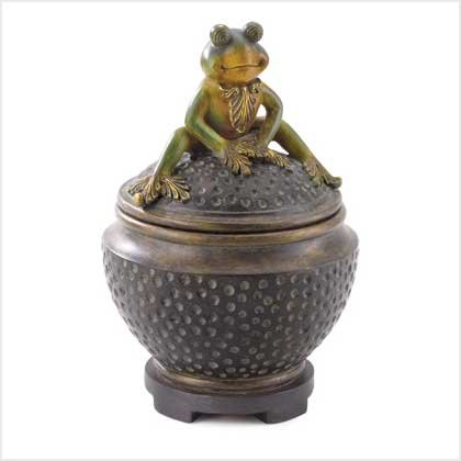 38455 Friendly Frog Trinket Box