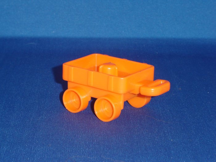 2004 Fisher Price Little People Orange Wagon Newer FP LP