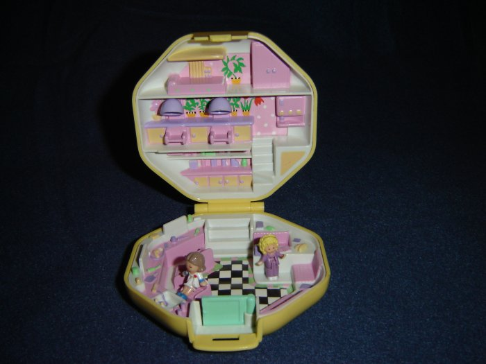 Vintage 1990 Polly Pockets Hairdressing Salon in A Yellow Compact With Hairdresser Complete