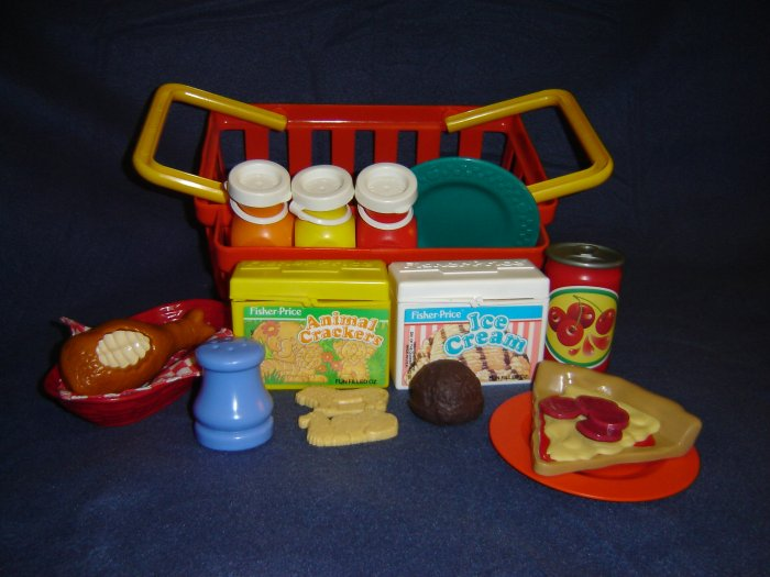 Vintage Fisher Price Pretend Fun Food Chompin Chicken Animal Crackers Ice Cream Milk Bottles Basket