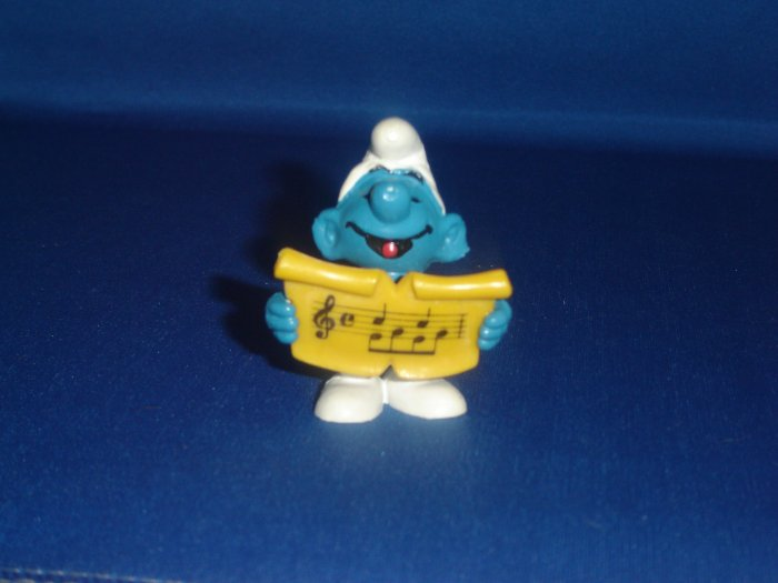 Vintage 1978 Singer Smurf 20038 Singing With Yellow Music Sheet By Schleich PVC