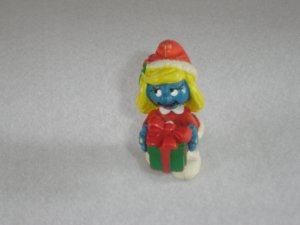 Vintage 1982 Christmas Smurfette Short Red Coat W Gifts 20208 PVC By Schleich W Berrie Portugal