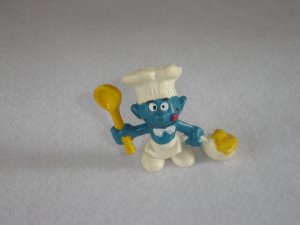 Vintage 1973 Cook Smurf W White Apron Chefs Hat And Pot Of Food 20073 Bully Peyo Figure PVC