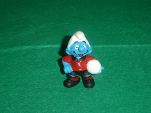 Vintage 1997 No 10 World Cup Soccer Smurf  20454 Schleich PVC Germany