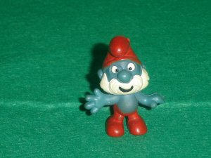 Vintage Smurfs 1969 Papa Smurf in Traditional Red and Blue 20001 Peyo PVC