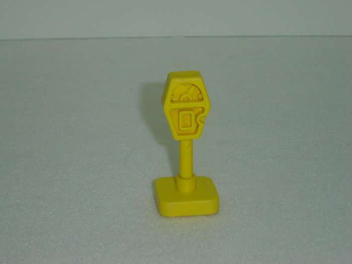 Vintage Fisher Price Little People Play Family Main Street Yellow Parking Meter 2500 From 1986