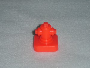 Vintage 1986 Fisher Price Little People Main Street 2500 Play Set Red Fire Hydrant