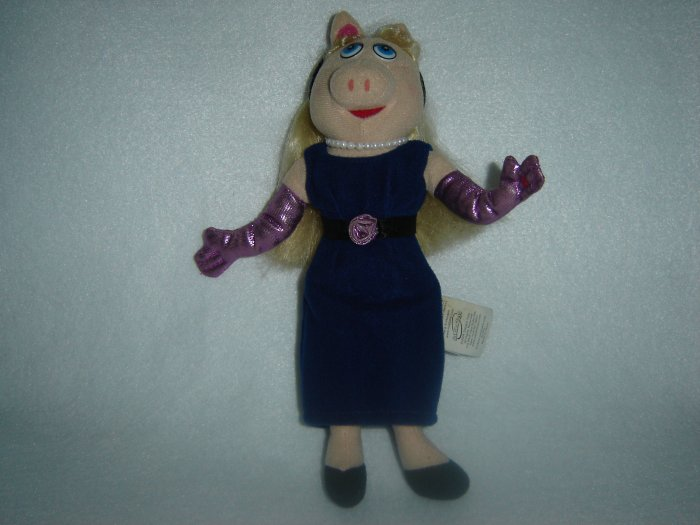 2004 Jim Henson Company Plush Muppets Miss Piggy Doll Figure By Sababa Toys 9 Inches