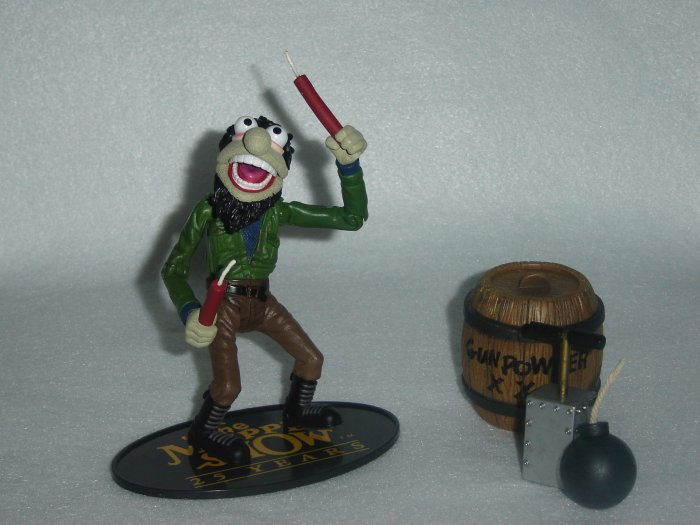 Jim Hensons Muppet Show Palisades CRAZY HARRY Moveable Action Figure W Dynamite Stick Bomb Gunpowder