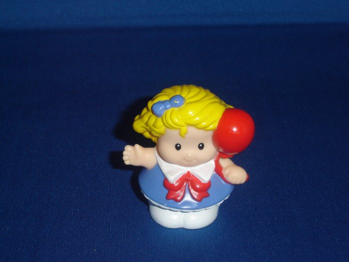 2003 Fisher Price Little People Sarah Lynn Girl With Red Balloon Newer FP LP