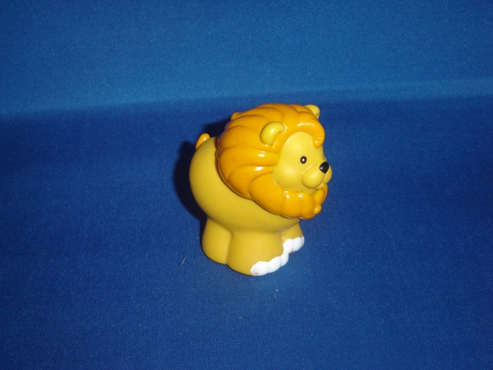 Fisher Price Little People Surprise Sounds Zoo Yellow Lion Newer FP LP