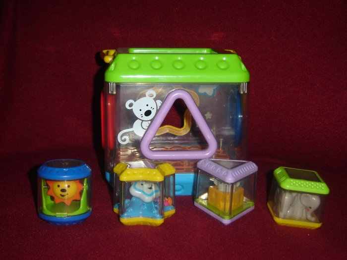 Fisher Price Peek A Blocks Musical Sorter Set Complete With Mouse Elephant Sun and Star Blocks