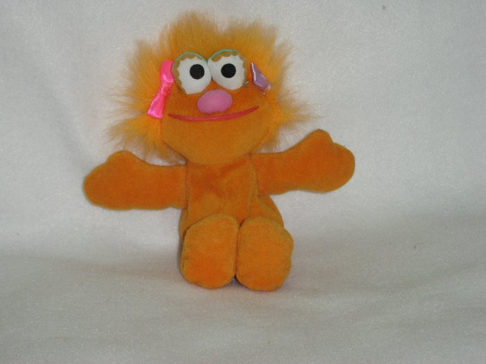 Jim Hensons Muppets Sesame Street Orange Zoe Beanie Plush Doll Toy By Tyco 8 Inches