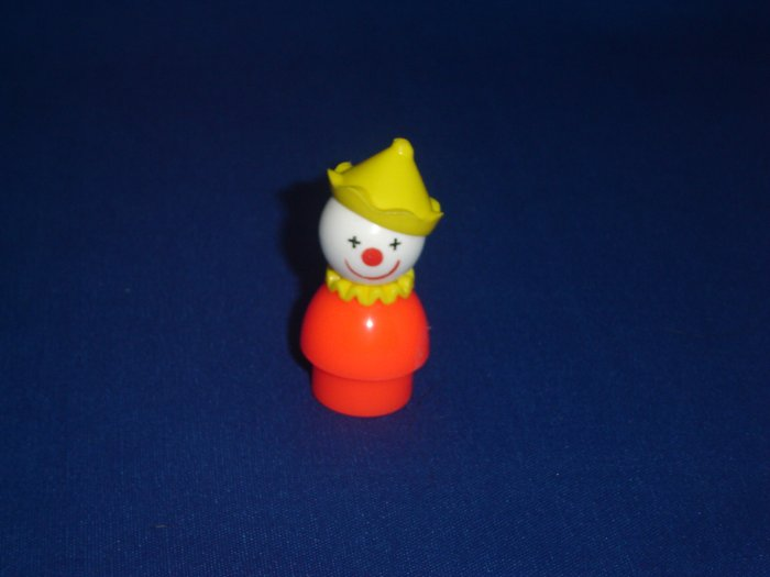 Vintage Fisher Price Little People Orange Circus Clown With Yellow Hat and Collar 675 991