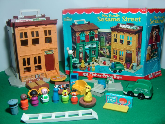 Vintage Fisher Price Little People 938 Play Family Sesame Street House Complete W Accessories Box