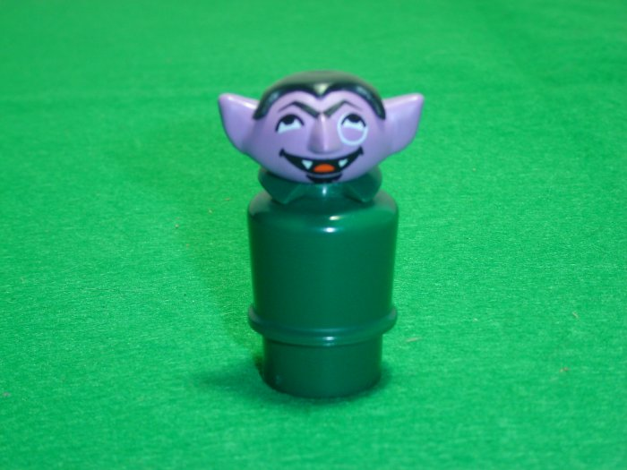 MINT Vintage Fisher Price Little People The Count From The Play Family Sesame Street 938