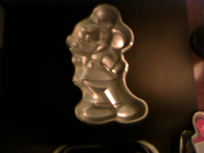 Mickey Mouse Cake Pan -- by Wilton -- 515-1805 -- 1978 *