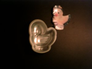 1 -- Single Chick Cake Pan -- by Wilton -- 2105-1143 -- 1996 *