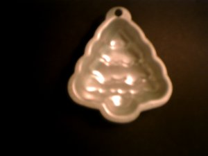1 -- Single Christmas Tree Cake Pan -- by Wilton -- 2105-1124 *