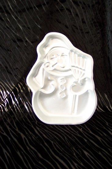 Snow Man Cake Pan -- by Wilton -- 502-1646 -- 1980 *