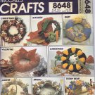 8648 McCall's -- Seasonal Wreaths *