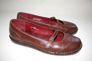 BORN ballet FLATS women's MARY JANES shoes BROWN size 9