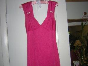 Stunning Full Length Formal Fuschia Ball Gown Size 8-10