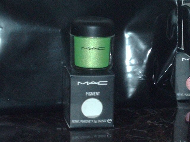 MAC Cosmetics Kelly Green Pigment 1/4 tsp Sample Jar