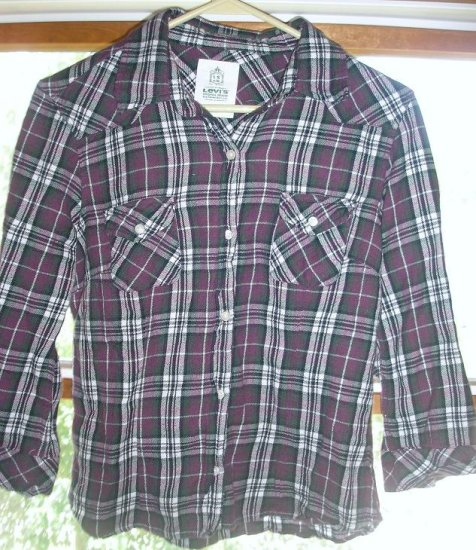 Levi's 3/4 sleeve button up flannel-size Medium