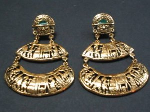 Very nice and gorgeous18karat gold coated TUMI EARRINGS