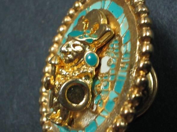 18karat gold coated Medallion Sipan WARRIOR30mm pin