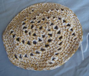 Hand Crocheted Yarmulke - 5 in. - White & Gold Swirl Design