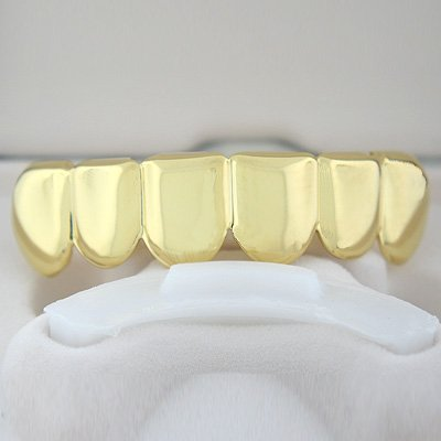 Golden-Style Player Grillz