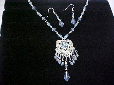 Blue bead,silver heart concho necklace and earrings set