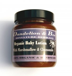 Organic baby lotion with marshmallow and Chamomile
