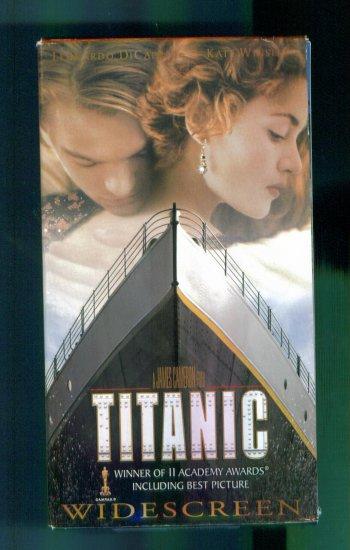 Titanic Wide Screen James Cameron ~ Leonardo DiCaprio Kate Winslet ~ Romance Family Drama Vhs