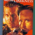 The Ghost and The Darkness Michael Douglas Val Kilmer Action Adventure VHS Video