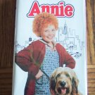 ANNIE Carol Burnett Albert Finney Ann Reinking Childrens Family VHS Movie