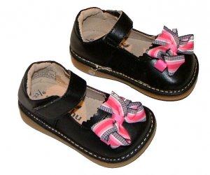Mooshu Trainers Squeeker Shoe Sz 3 Baby shoes kids shoes