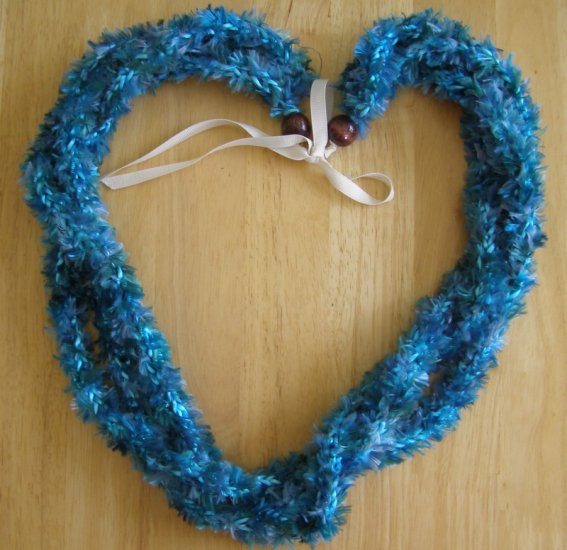 Hawaiian crochet lei 3-strand w/ turquoise green eyelash yarn rattail cord